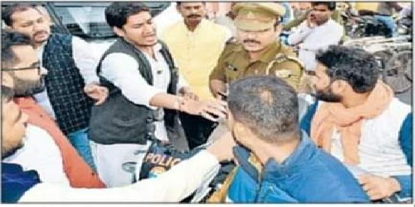 BJP-netao-ki-gundaii-se-bebbas-hui-police