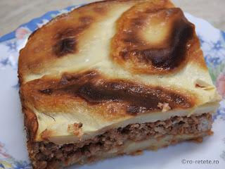 Musaca de porc reteta de casa traditionala dobrogeana cu carne tocata si cartofi la cuptor retete mancare moussaka musakka,