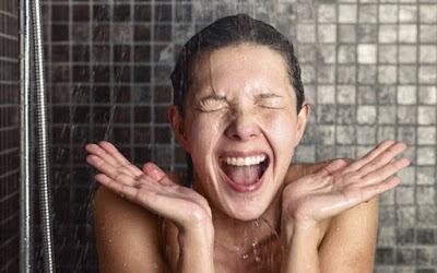 ¿El agua fría es lo mejor cuando hace mucho calor?