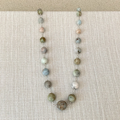 step by step how to make jewelry displays