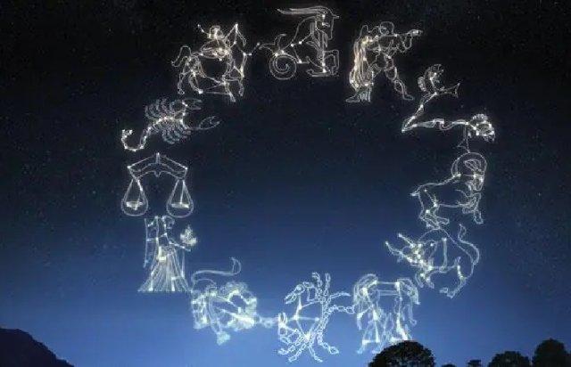 Astrology: इन 4 राशि वालों में होती है खुद को सबसे बेहतर समझने की आदत, क्या आपके आसपास भी हैं ऐसे लोग