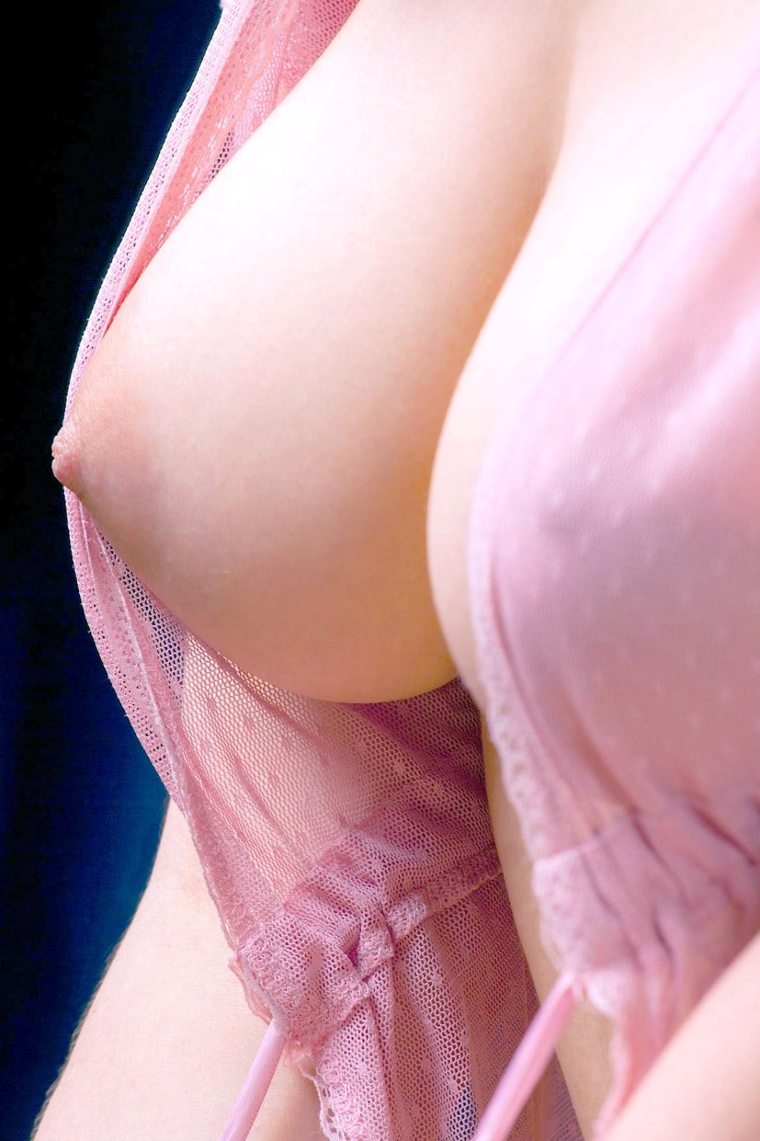 尴尬!林志玲穿睡衣出镜 腋下却湿了到底发生了什么