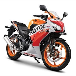 Sepeda Motor Honda CBR 250R 3