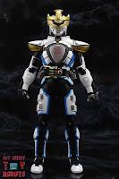 S.H. Figuarts Shinkocchou Seihou Kamen Rider Ixa 03