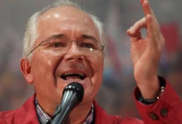 """Ramírez: Daño de Maduro al chavismo puede considerarse como una """"segunda muerte"""" de Hugo Chávez"""