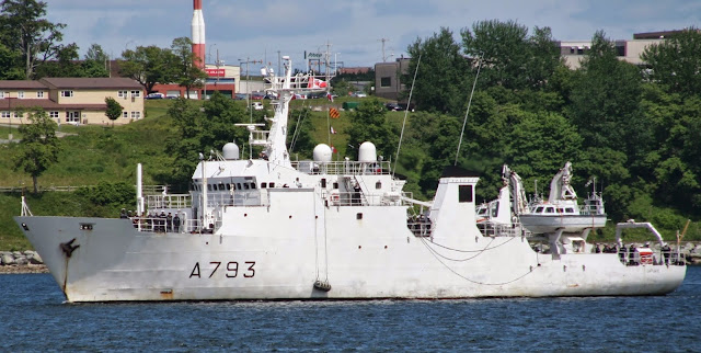 french naval ship laplace