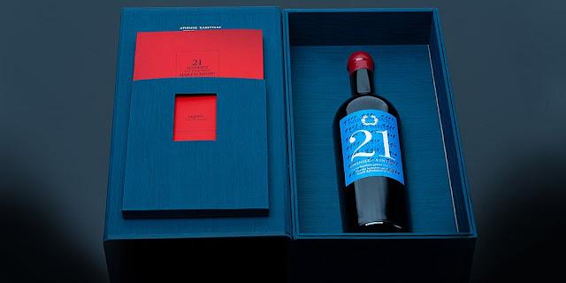 """Τιμή ρεκόρ για το κρασί """"Λαβύρινθος 21 Χρονιές"""" σε επετειακή φιλανθρωπική δημοπρασία"""