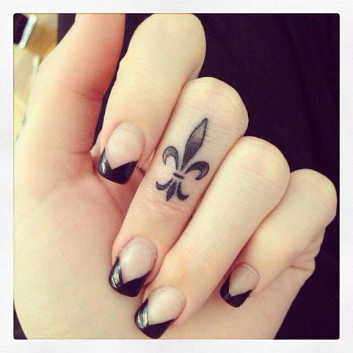 Incrível Dedo Tatuagem