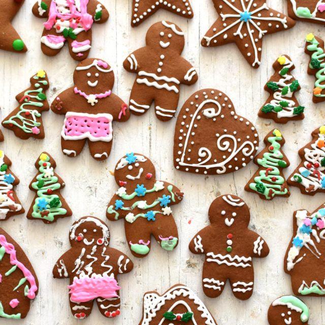 Receta para preparar galletas de jengibre navideñas para decorar