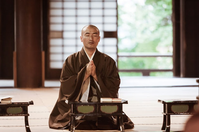 Trở thành chuyên gia về ngồi thiền niệm Phật tại nhà đúng cách