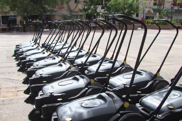 hoyennoticia.com, Riohacha compró 20 barredoras ecológicas
