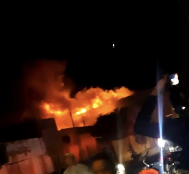 Incêndio atinge supermercado em Porteiras