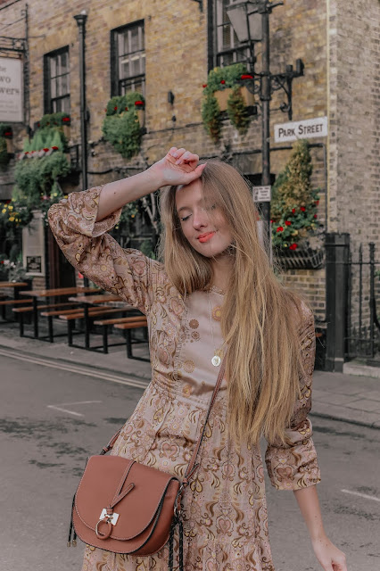 Luxury london blogger boho style autumn