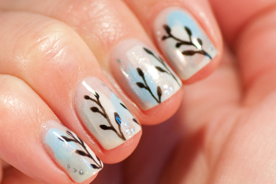 Easy Abstract nail art with simple vines and ILNP Valentina.