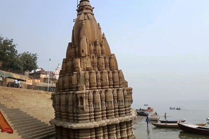 Leaning temple of Varanasi - A Temple That Leans More Than Tower Of Pisa
