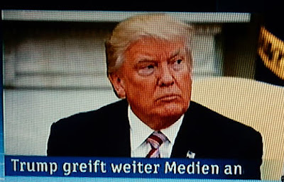 http://www.rp-online.de/politik/ausland/donald-trump-twitter-schlammschlacht-mit-moderatoren-geht-weiter-aid-1.6919040