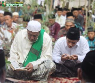 KH. Muhammad Nawawi Umar Kempek