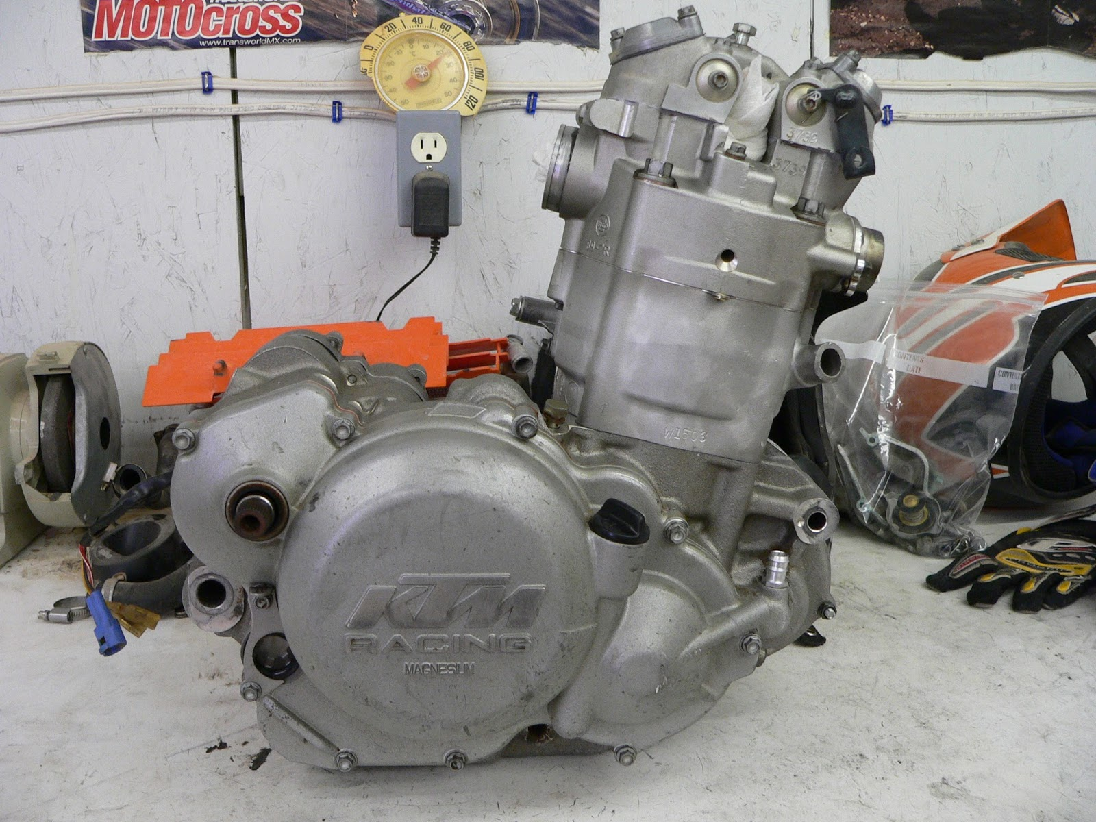 The Turtle and the Chicken Go Riding...: KTM 400 2002 - Yep the one with  the RFS Engine.