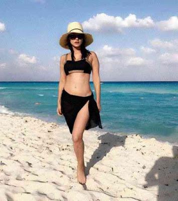 Maxico Vacation, Sunny Leone