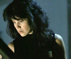 sexy Daphne Zuniga en La Mosca 2