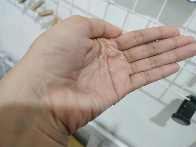 tekstur garnier micellar water