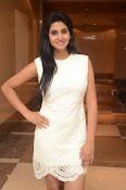 Actress Shamili new glam pics-thumbnail-12