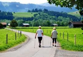 Penderita Stroke Bisa Berjalan Lagi Dengan Terapi Pasir Panas
