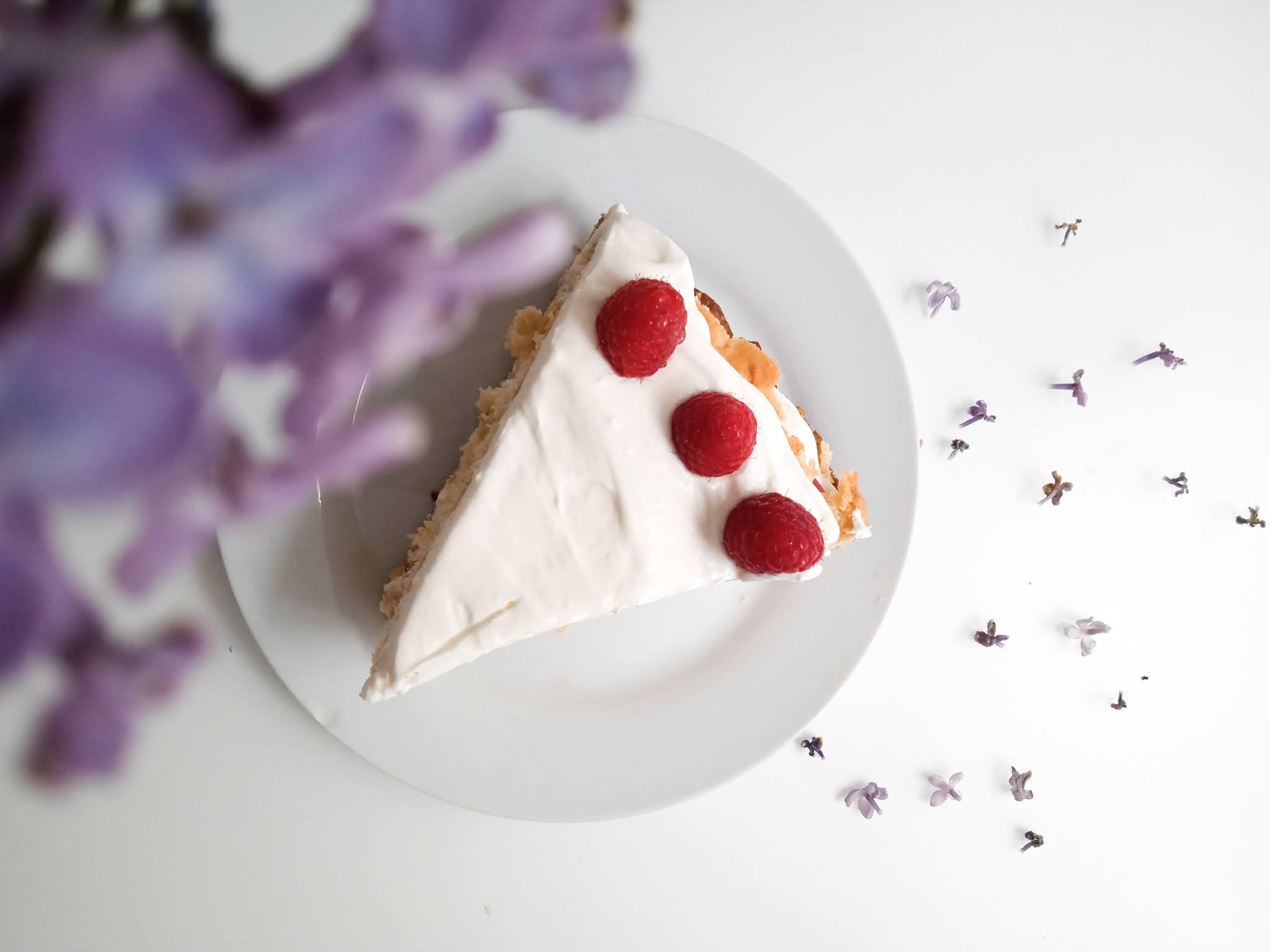 półkruche ciasto z kremem i owocami