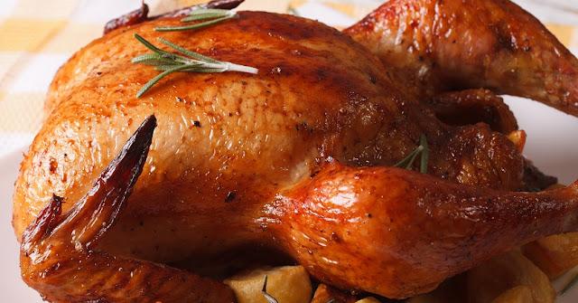 ¡Deja de tirar la piel de pollo a la basura! Te sorprenderás cuando sepas cuán beneficiosa es…
