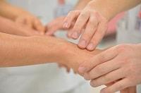 Articolazioni dolenti a causa della fibromialgia