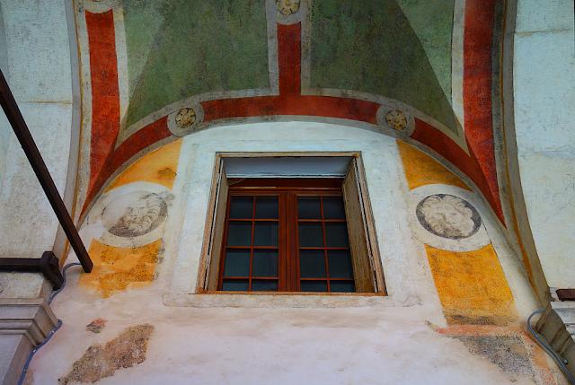 Proč benátští zlatnící malovali fresky na zdi? Rialto, oresi