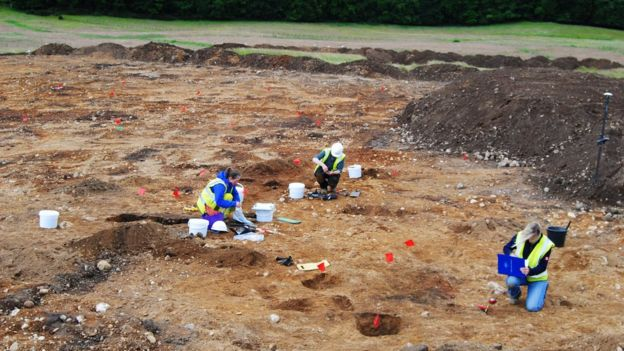 Roadworks reveal Prehistoric and Bronze Age finds in Scotland
