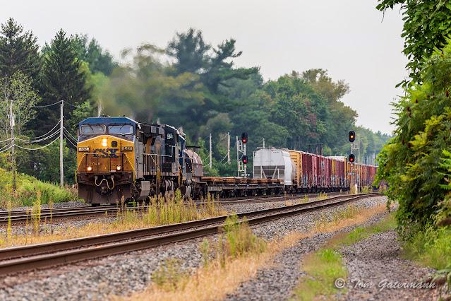 CSXT 482 leading Q364-31 at N Kirkville Rd.