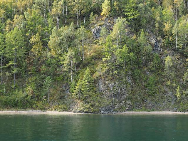 Берег Ангары (Иркутское водохранилище)