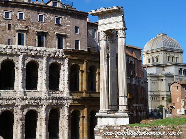Linda vista com o Teatro Marcelo, Templo de Apolo Sosiano e a cupola da Sinagoga de Roma