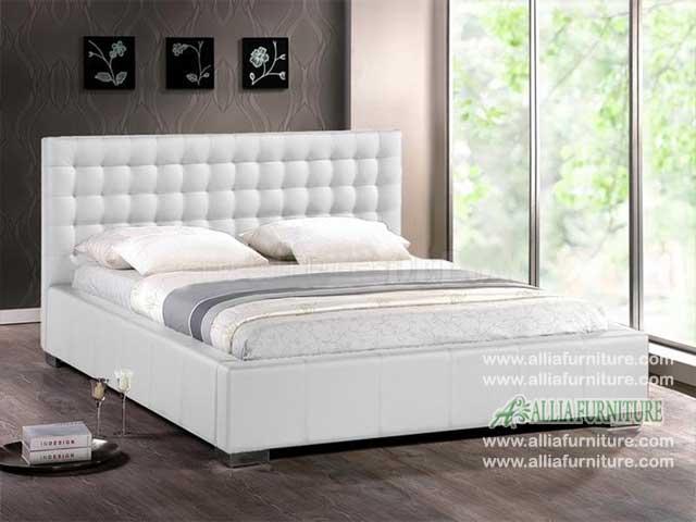 tempat tidur minimalis lapis kulit model moskow