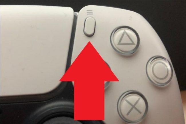 اضغط على زر الخيارات في وحدة التحكم DualSense الخاصة بك