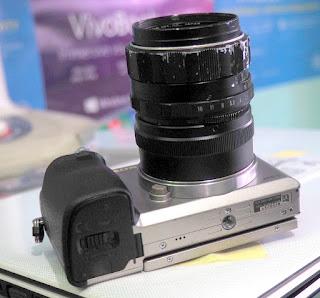 Mirrorless Sony dengan Lensa Manual