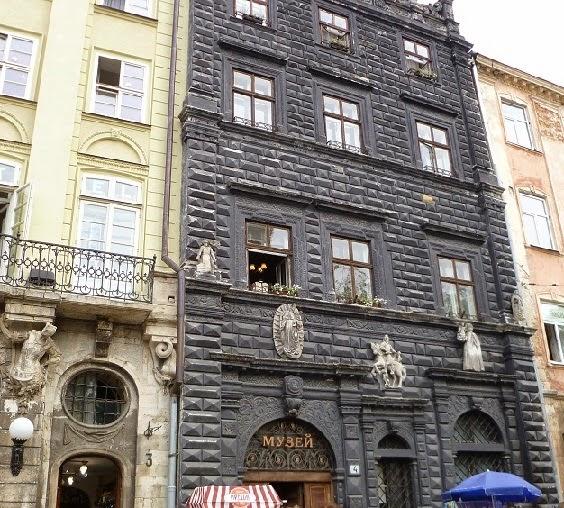 Czarna Kamienica przy Rynku