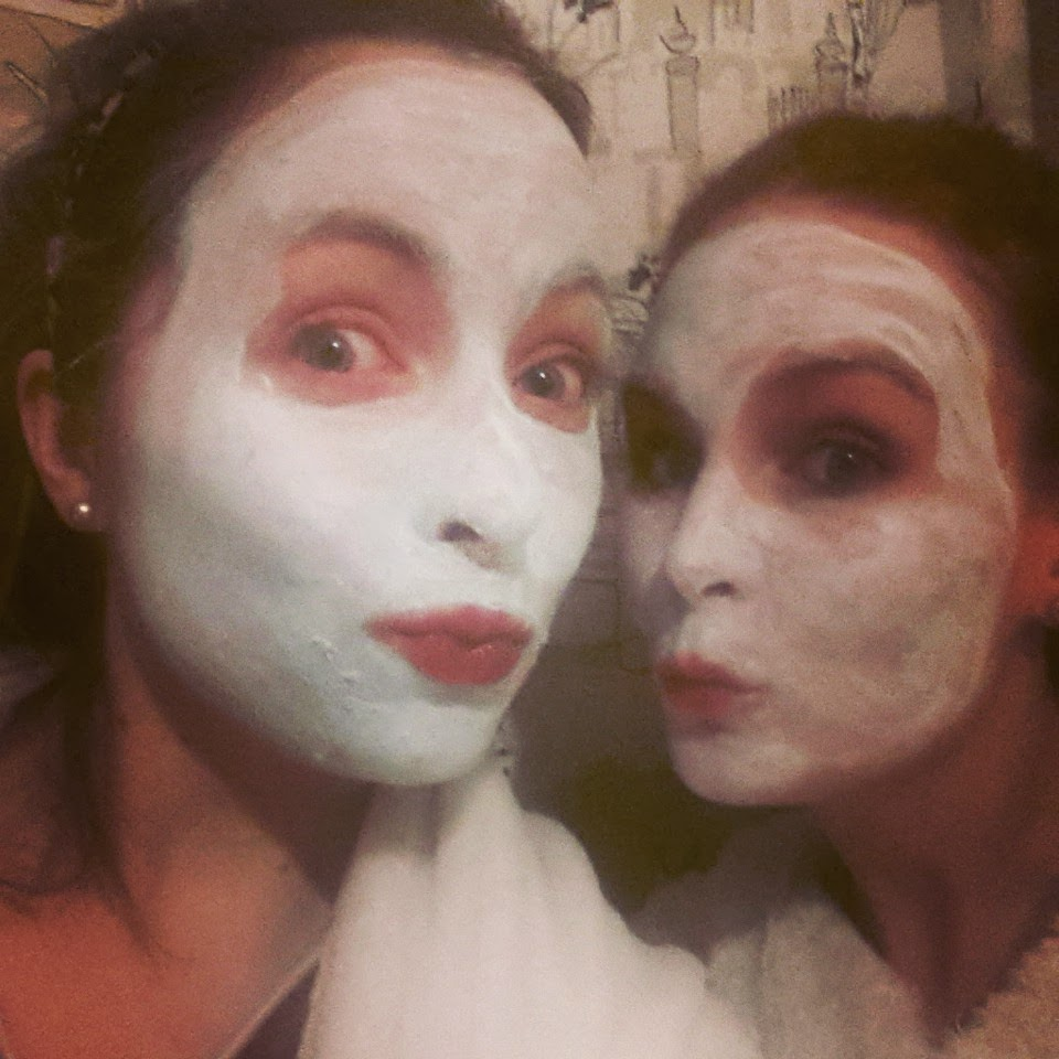 facemasks night in