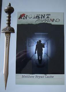Portada del libro Ancient Awakening, de Matthew Bryan Laube