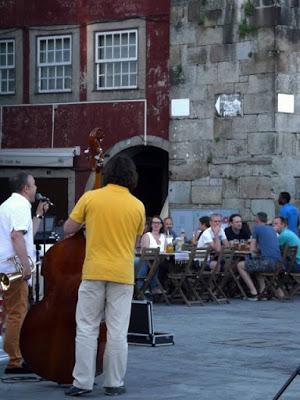 Músicos de rua na Ribeira do Porto