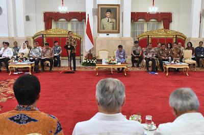 Presiden Jokowi Kembali Minta K/L Geser Program Rutinitas ke Program Yang Bisa Dirasakan Rakyat - Info Presiden Jokowi Dan Pemerintah