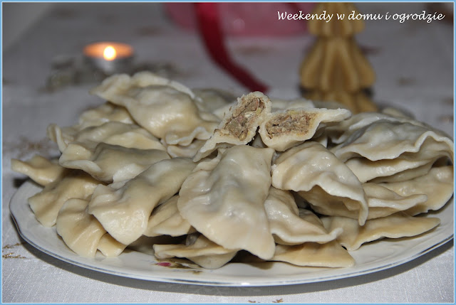 http://weekendywdomuiogrodzie.blogspot.com/search/label/pierogi