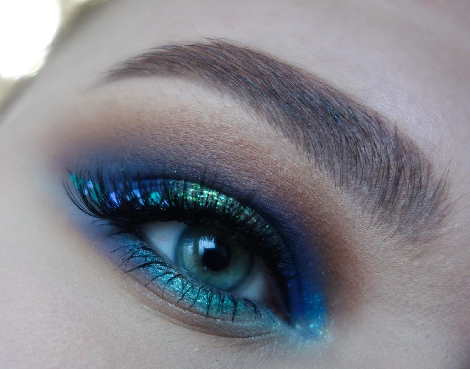 Odtwarzam swoje pierwsze makijaże - makijaż z niebieskimi rombikami   #6yearschallenge