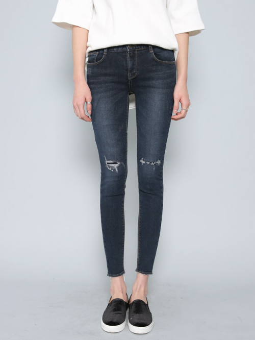 Rip-Patched Knees Skinny Washed Denim Jeans