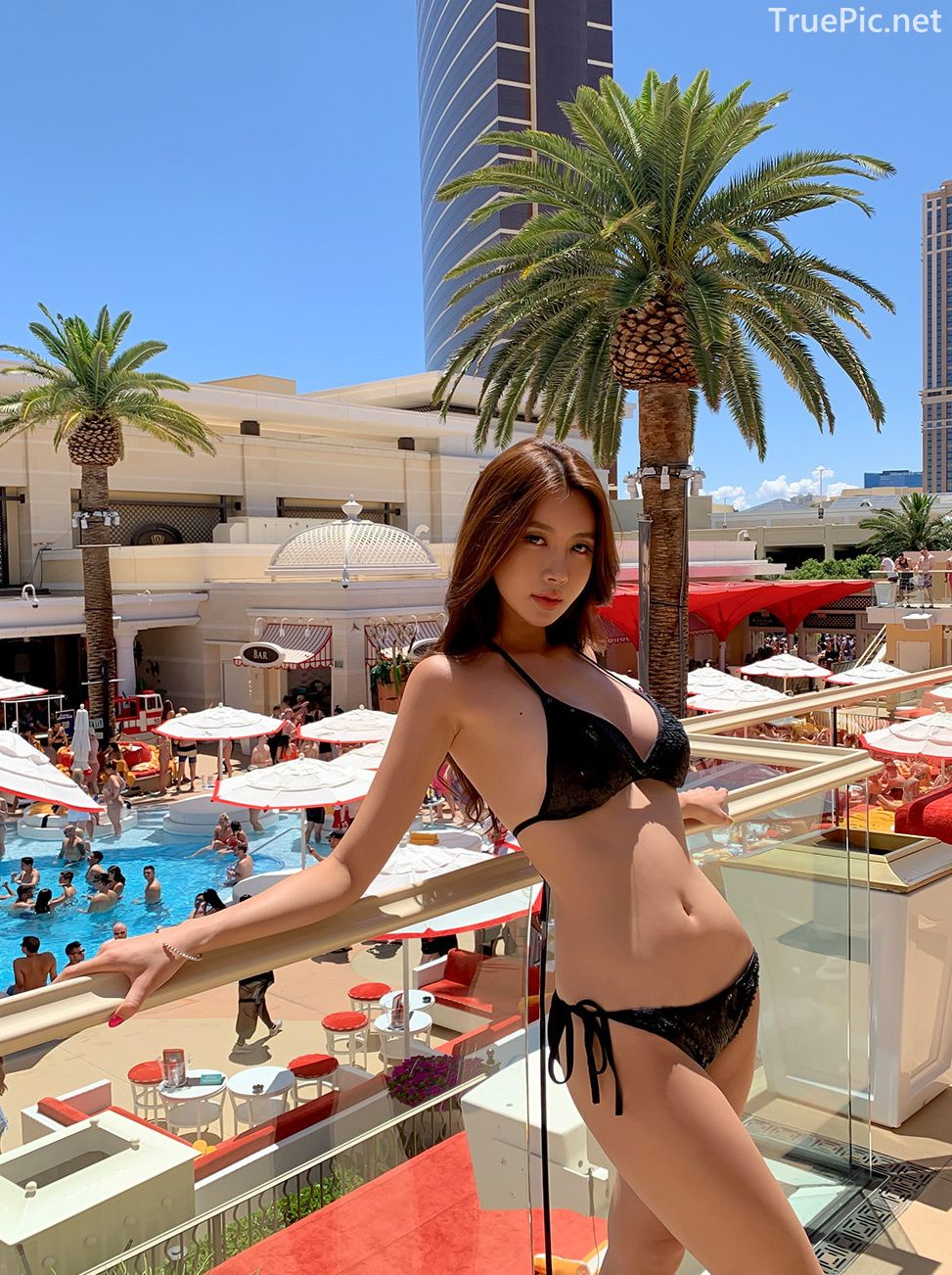 Korean model and fashion - Kwon Byul - Black Bikini in the City - Picture 2