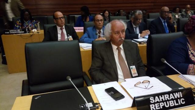 الاتحاد الافريقي يطرد المغرب من اجتماع وزراء خارجية 15 دول حول الاصلاح المؤسسي للاتحاد الافريقي.
