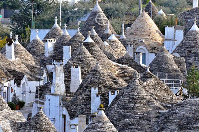 Trulli Unique Italian Houses Alberobello Designcombo