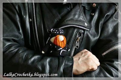 http://lalkacrochetka.blogspot.com/2017/04/biker-doll-lalka-harleyowiec.html
